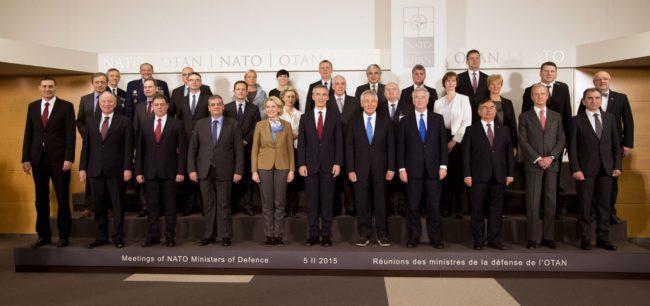 A NATO védelmi miniszterei Brüsszelben találkoztak. (Forrás: nato.int)
