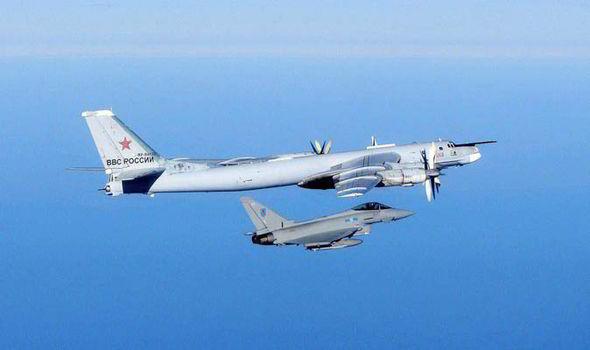 Január utolsó napjaiban a RAF gépei nukleáris fegyverrel felszerelt TU-95-ös orosz bombázót fogtak el a La Manche csatorna felett. (Forrás: epa.eu)