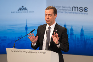 Néha azon gondolkozom, hogy 1962-ben vagy 2016-ban élünk-e? - elmélkedett prezentációjában Dimitrij Medvegyev orosz miniszterelnök (forrás: zimbio.com) (letöltve: 2016.02.16.)