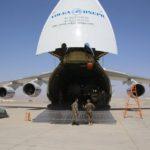 Katonai segélyszállítmány érkezése Afganisztánba (Forrás: khaama.com)